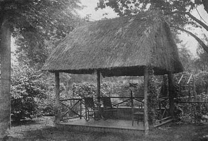 Thatched Roof Garden Hut